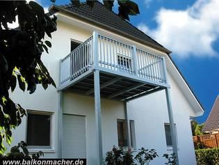 die balkonmacher aktuelle projekte balkon fotos. Black Bedroom Furniture Sets. Home Design Ideas